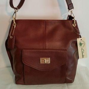 Clarks Leather Shoulder Handbag Burgundy color